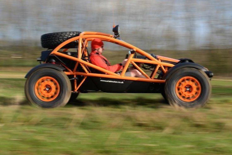 2015-Ariel-Nomad-04-tracking.jpg